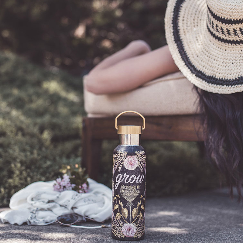 WB011-Grow-Wander-Bottle-Lifestyle-768x1037